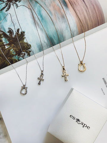 【esQape】 necklace collection