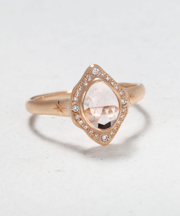 Isadora the Amor Ring