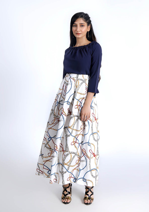Pleated Skirt in Chain Print