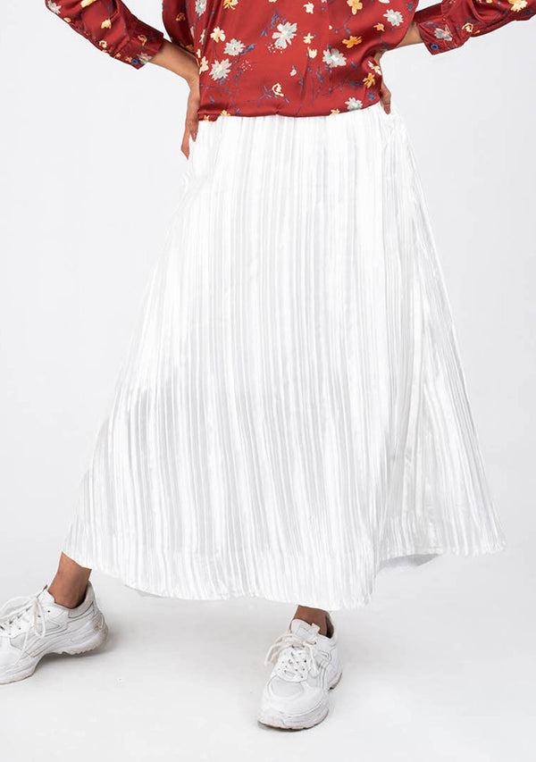 Pleated Skirt in White