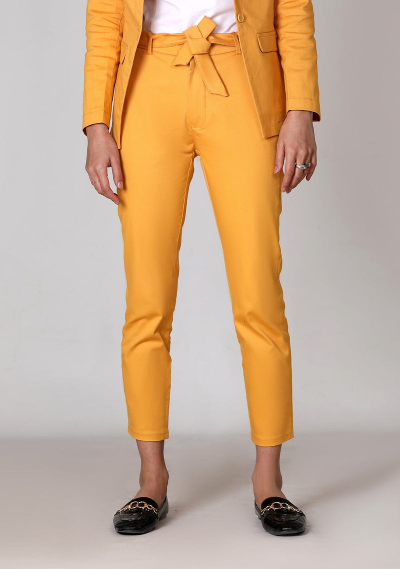Straight Pant in yellow
