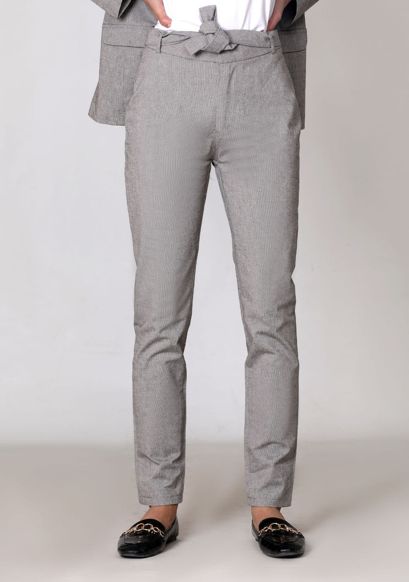 Straight Pant in grey