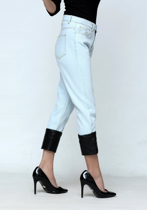 Straight jean with faux leather turn up - light blue