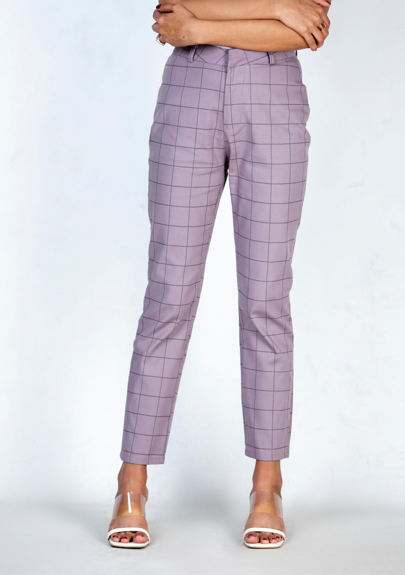 Straight Pant in mauve check