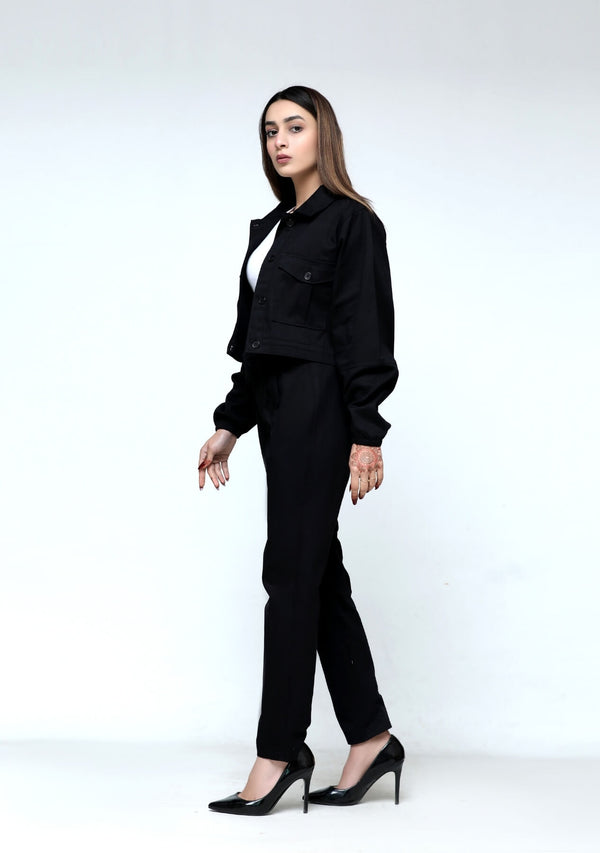 Pleated Straight Pant in black cotton stretch