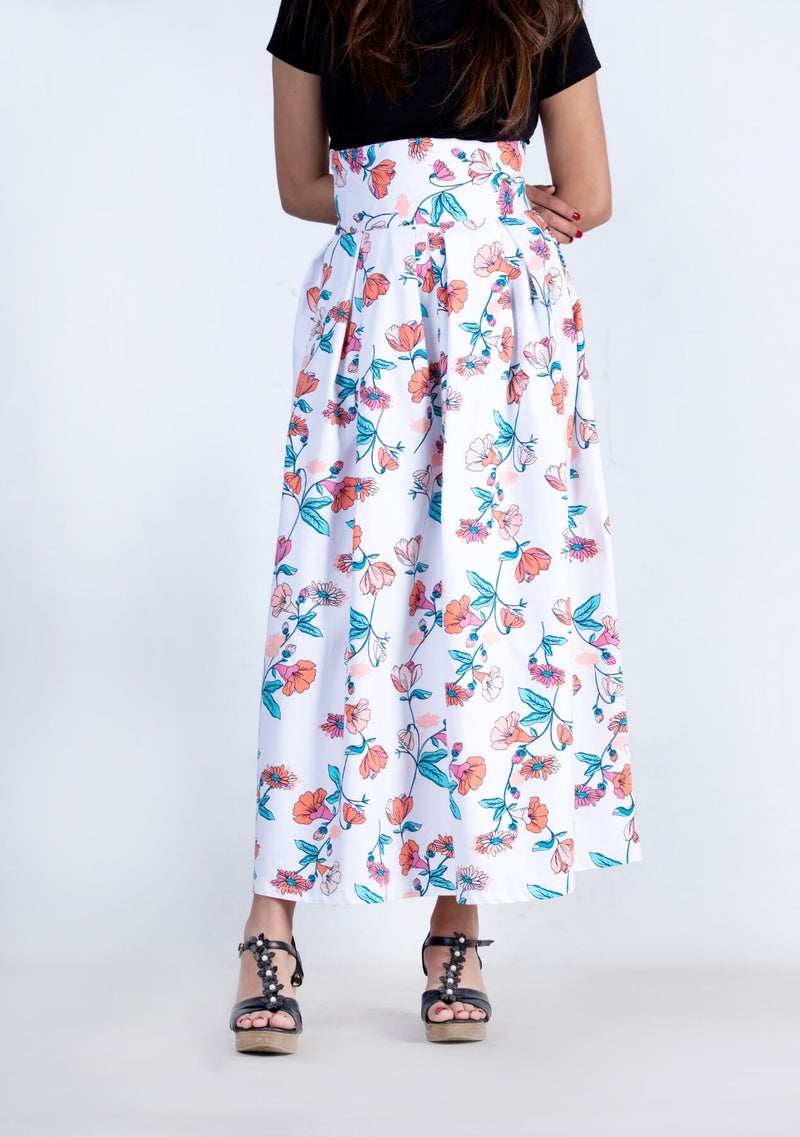 Pleated Skirt in Floral White