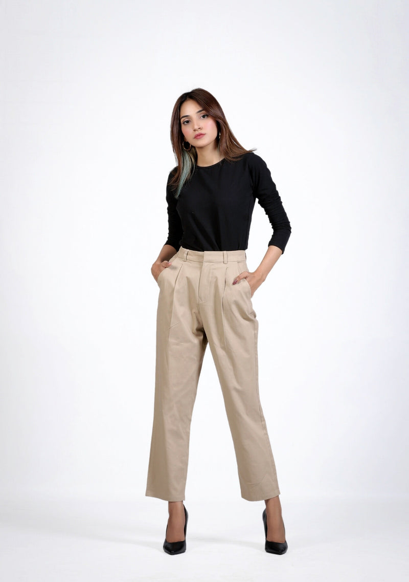 Relaxed Fit Pleated Straight Pant in beige