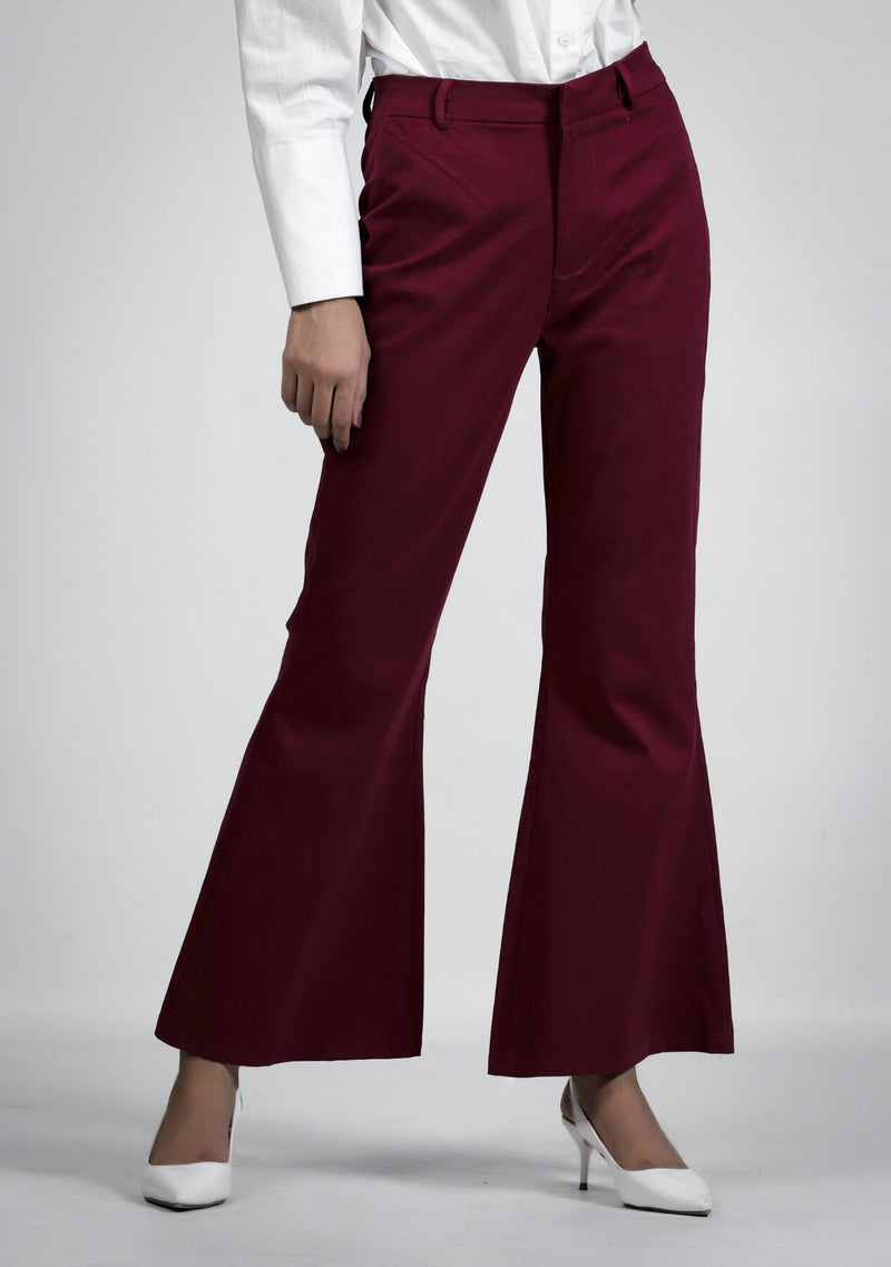 Flared pant in maroon