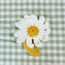 Load image into Gallery viewer, Daisy Hairtie / Hairclip
