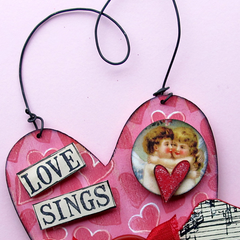 Love Sings Hand made Heart
