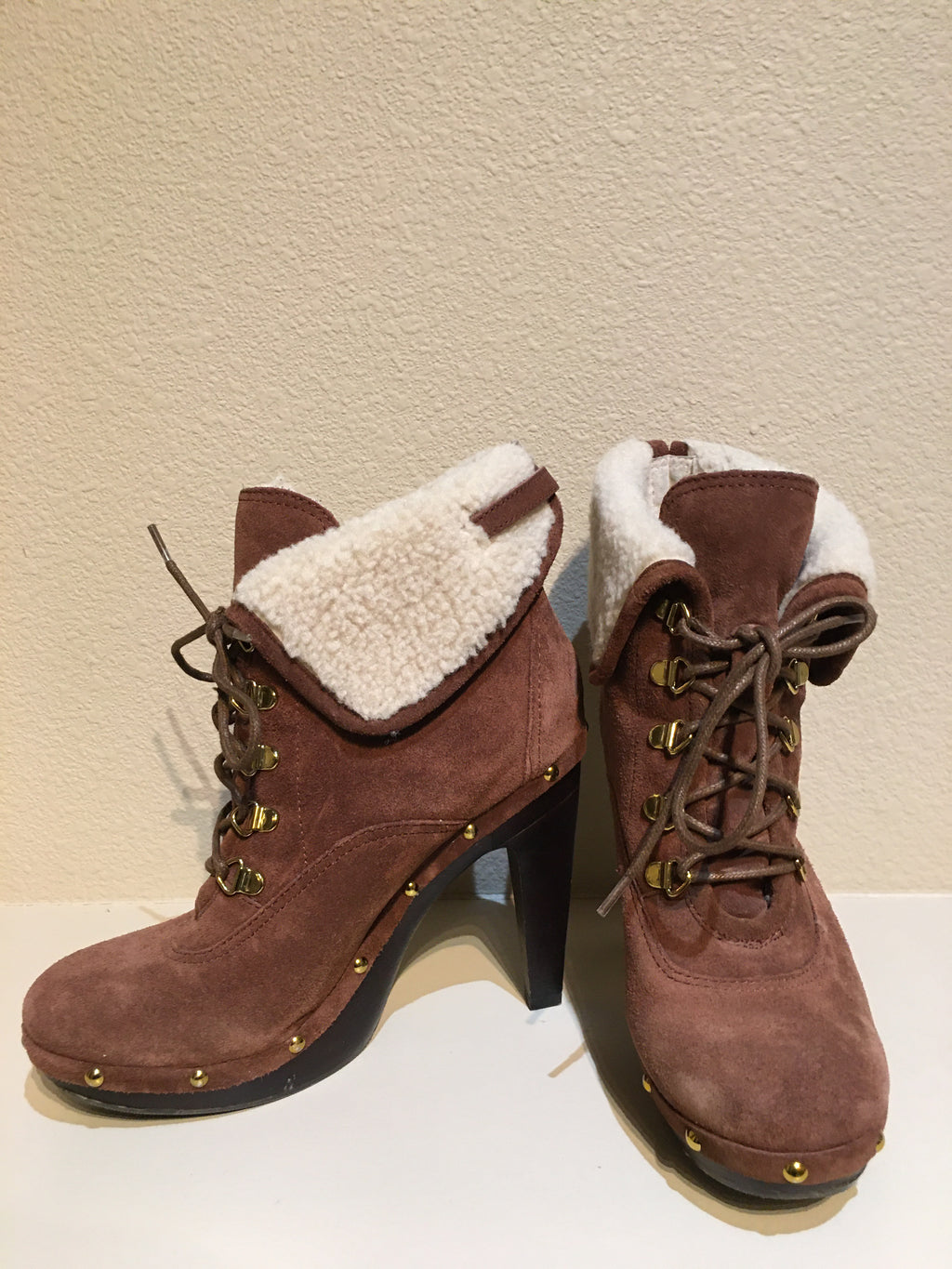 BCBG Paris Shearling Lace Up Bootie: Size 8.5