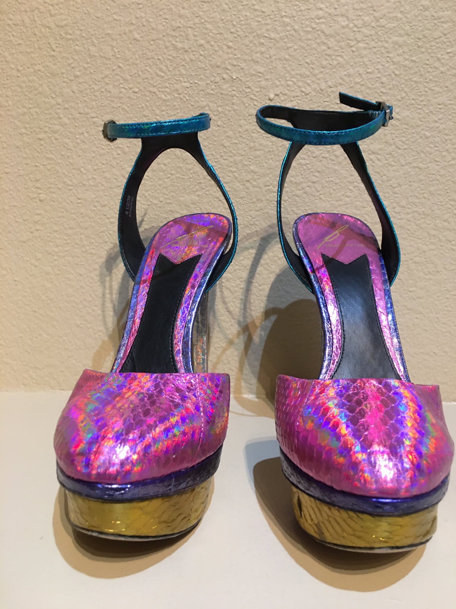 Brian Atwood Multicolored Snakeskin Textured Heels: Size 8.5