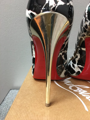 Christian Louboutin Pigalle Follies 120: Size 38.5