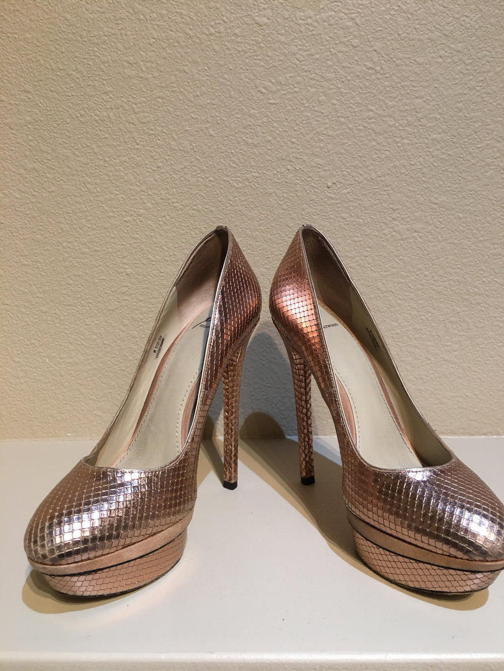 Brian Atwood Fontanne Rose Gold Snakeskin Textured Pump: Size 8.5