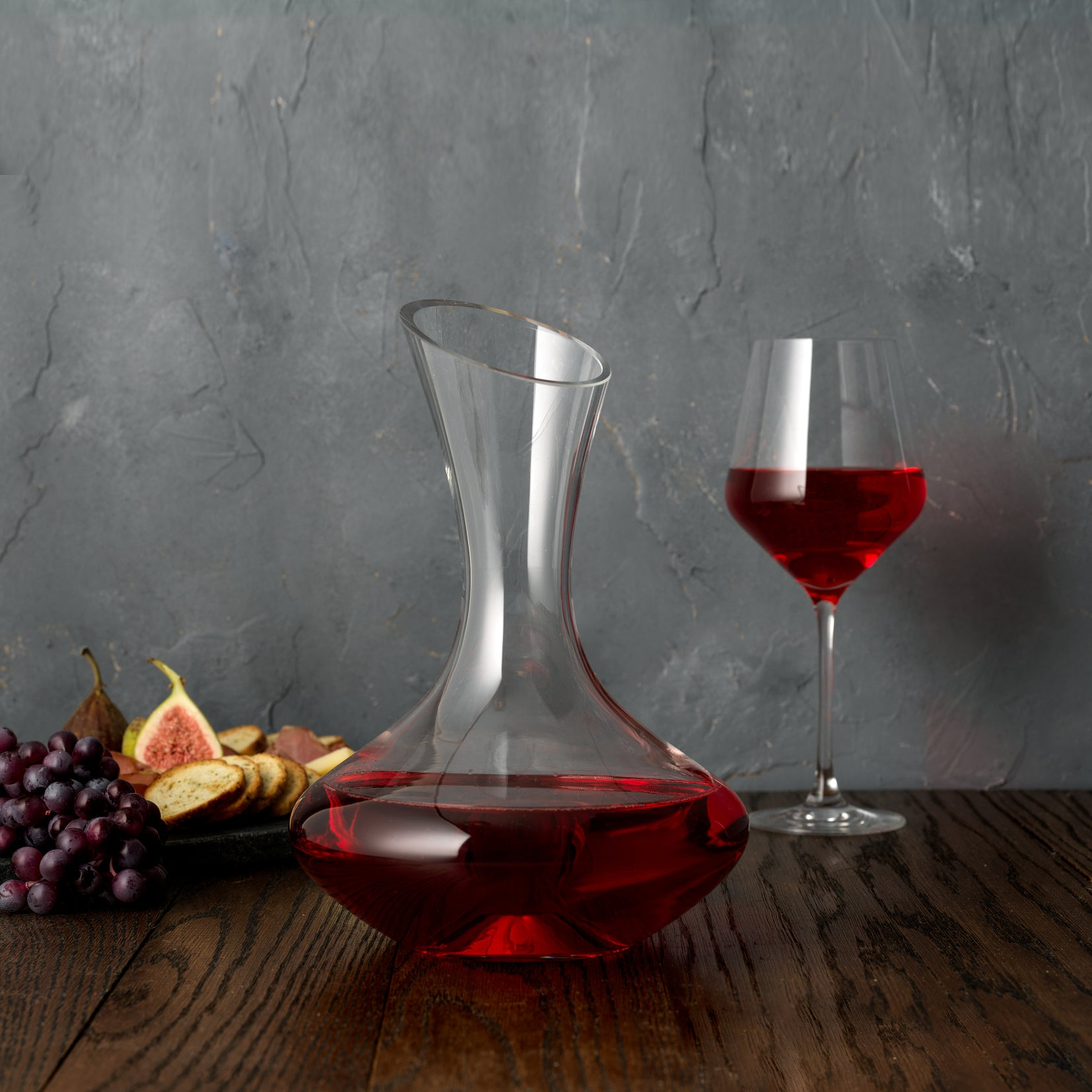 Lancia Red Wine Decanter 54 oz