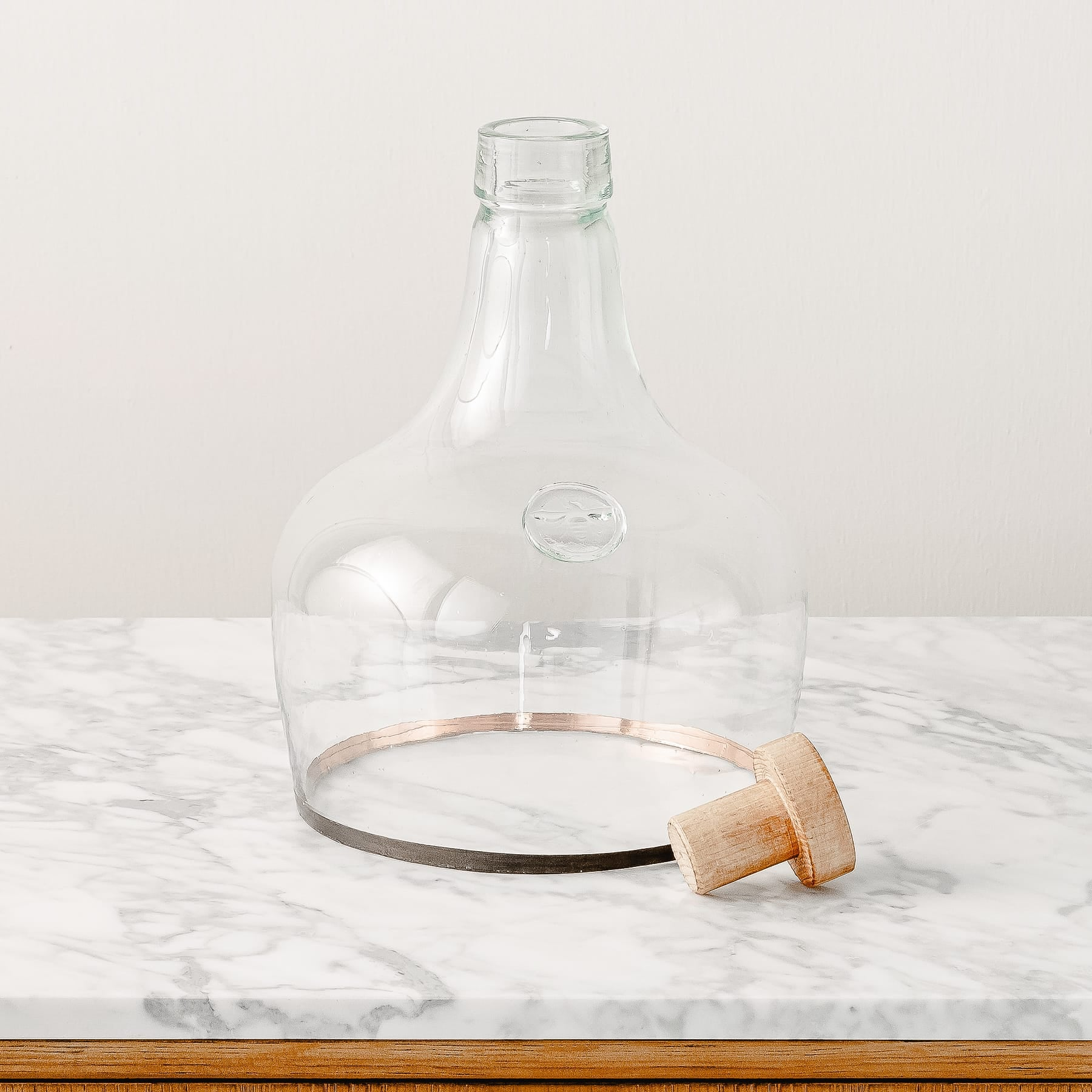 Everette Demijohn Cloche