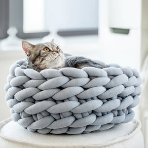 Handmade Knitted Cozy Pet Bed