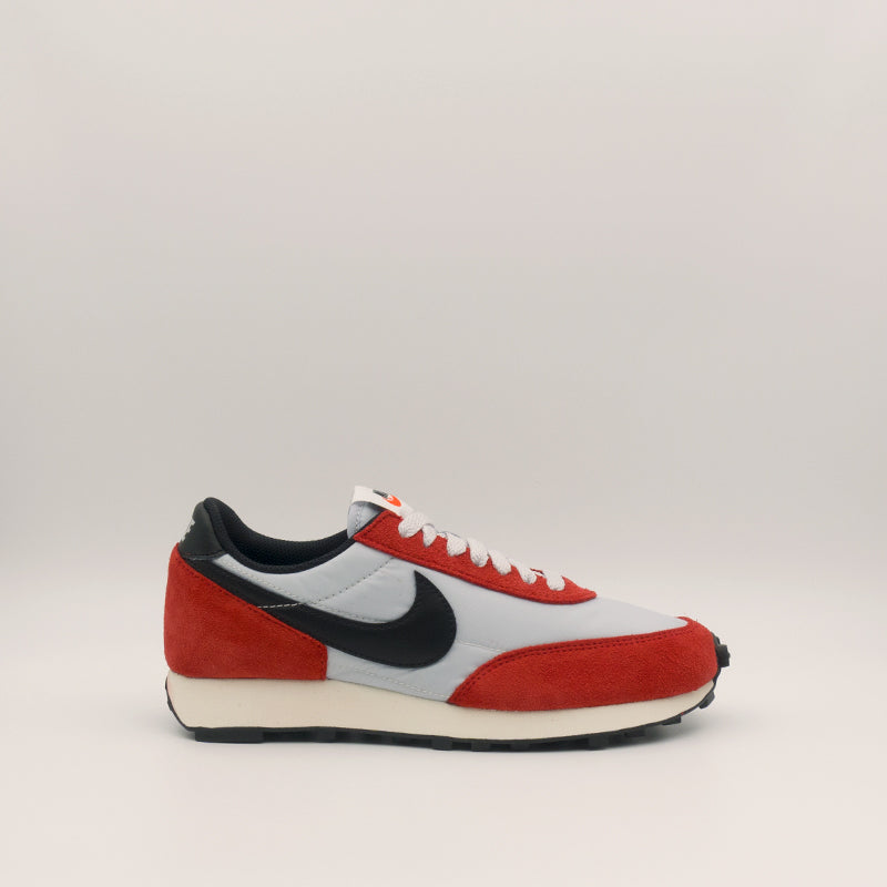 Nike DayBreak (Pure platinium/Black-gym red sail) (DB4635-001)