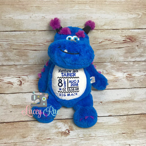 Personalized Stuffed Animal Monster, Monogrammed Monster, Little Elska, Baby Shower Gift, Appliqué, Birth announcement, Birth stats, Stuffie