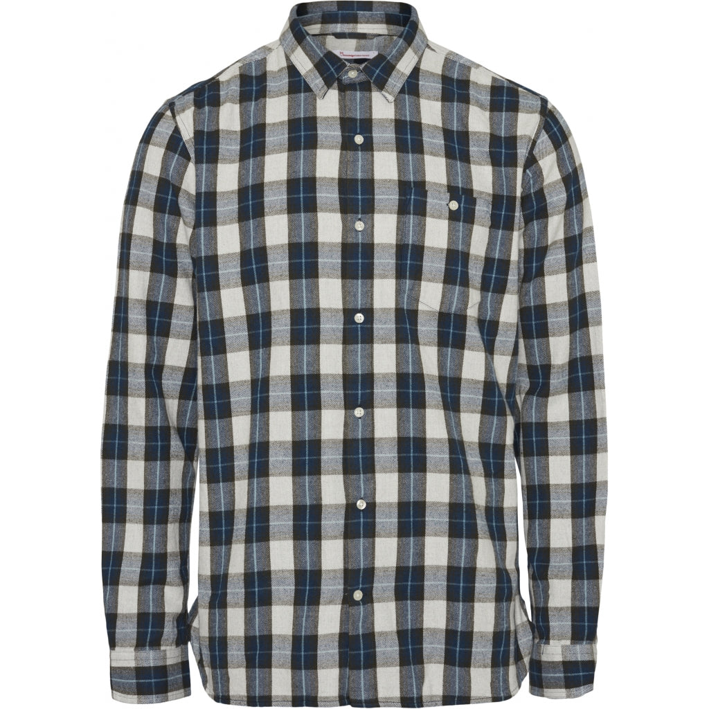 LARCH Casual Fit small checked Flannel Shirt