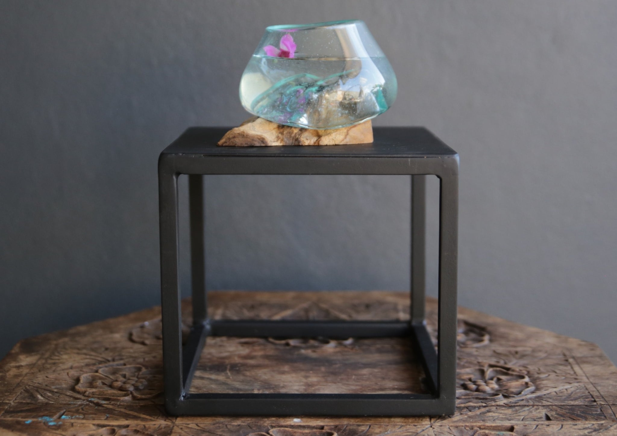 Hand-blown glass Bowl on Wooden Stand