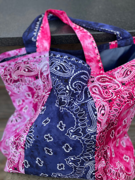 BANDANA BEACH BAG - BERRIES