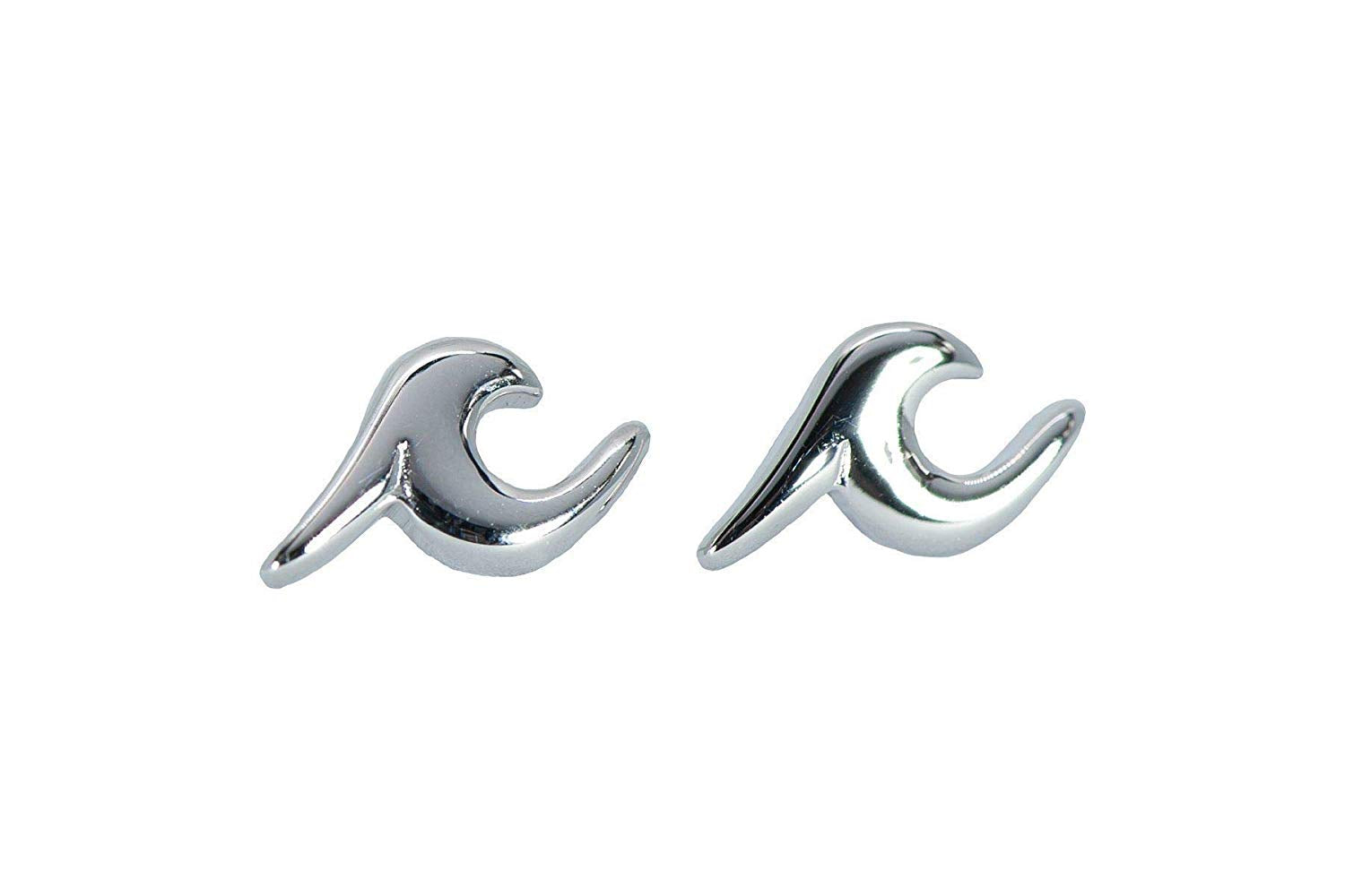 PURE VIDA WAVE STUD EARRINGS - PROVIDES ARTISAN JOBS