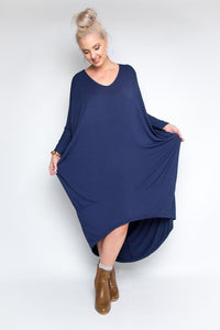 LONG SLEEVE SCOOP MAXI DRESS IN NAVY