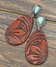Load image into Gallery viewer, Turquoise Post Tooled Earrings