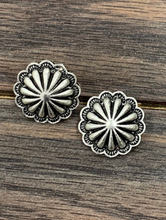Load image into Gallery viewer, Concho Stud Earrings