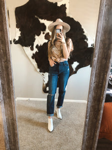 Claire Jeans - Mom Fit