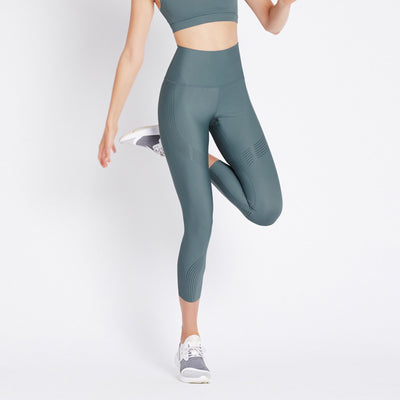 Linear High Rise Legging