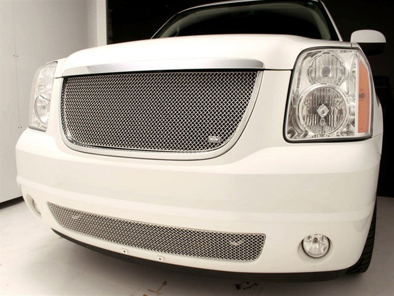 2007-14 GMC Yukon Mesh Grille SW-Series by GrillCraft