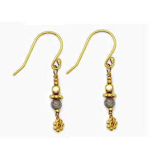 WOW gray- Short Dazling Earrings
