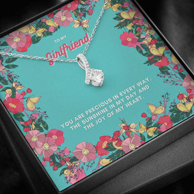 To My Girlfriend Alluring Beauty Necklace
