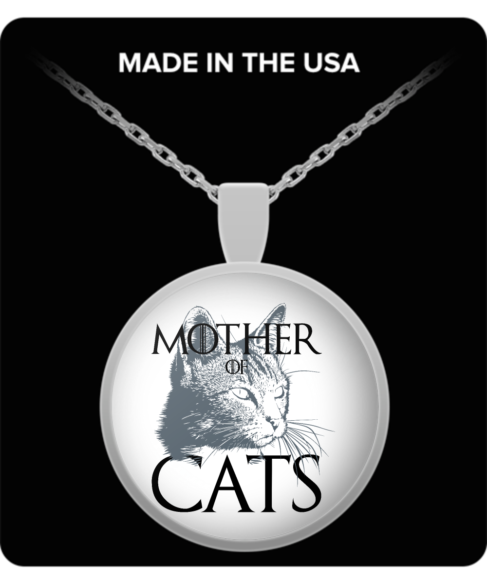 Mom Round Pendant Necklace - Mother Of Cats