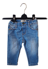 Load image into Gallery viewer, Zara Jeans 3-6M