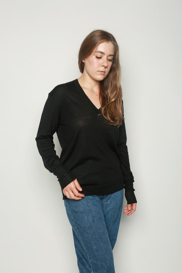 6397 6397 Perfect V-Neck Sweater Black Tops