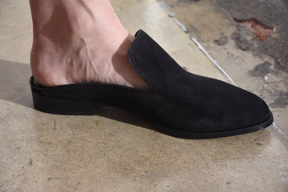 Alicel Mules, Black
