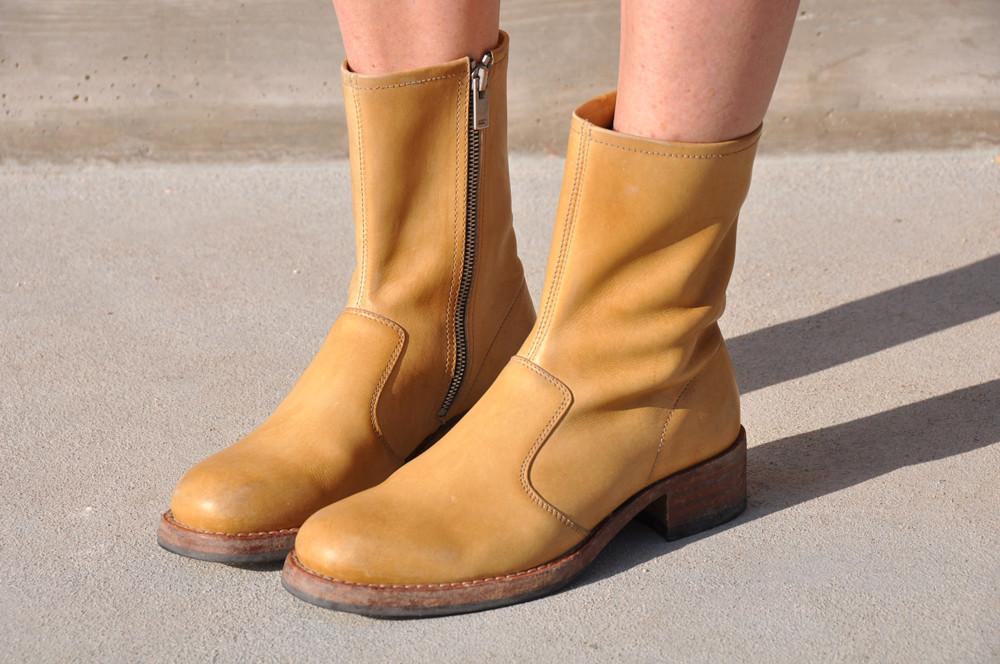 Last Pair 36 Replica Campus Boot, Camel