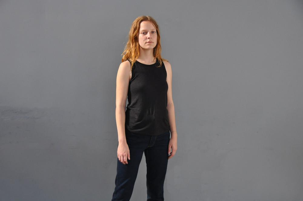 Box Set of Linen Scoop Neck Tank Top, Black