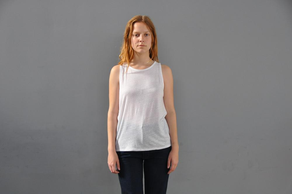 Box Set of Linen Scoop Neck Tank Top, White