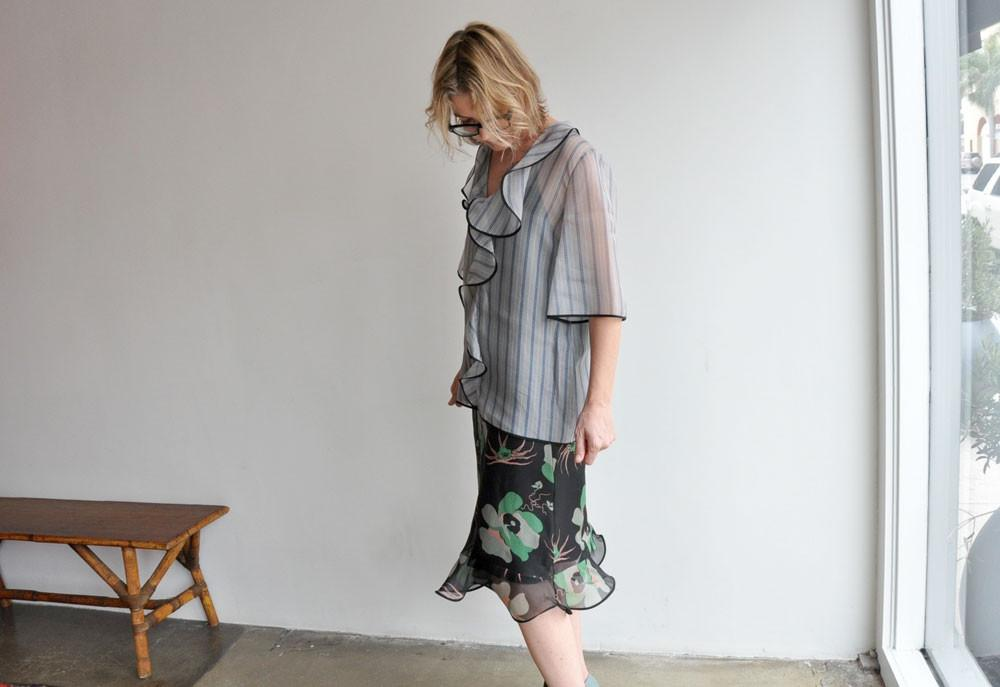 Short Sleeve Neck Blouse, Pigeon Hejira