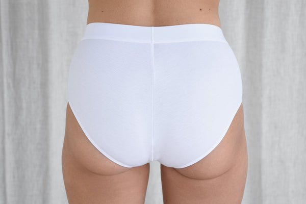 La Fille d'O Shimmy High Rise Brief, Optical White underpinnings