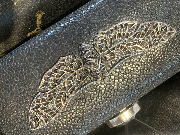 Mona Moore Raven Kaufman Rare stingray shagreen evening clutch gold kid leather lining chain