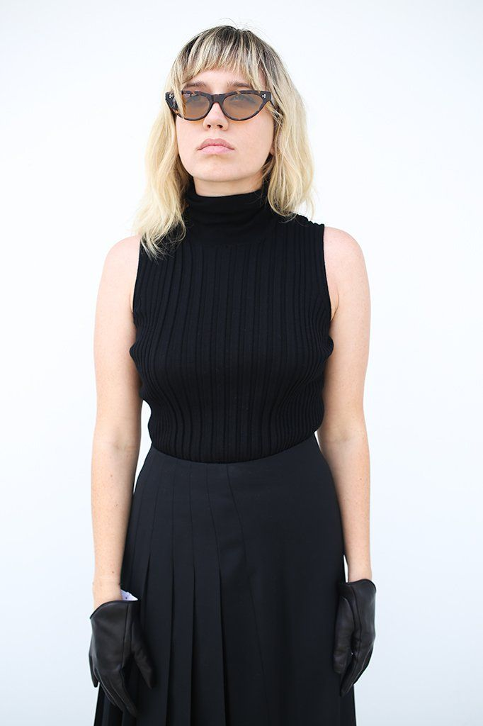 Ribbed Turtleneck Sleeveless Sweater, Black