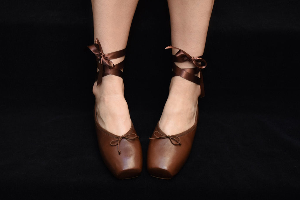 Mona Ballerina, Chocolate Leather