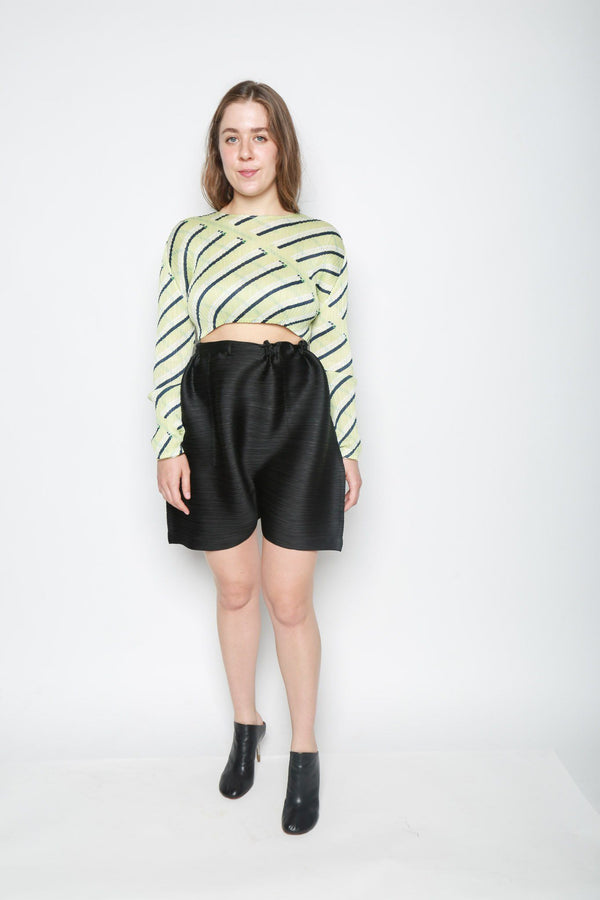 Issey Miyake Merry Bounce Pleated Shorts, Black Bottoms