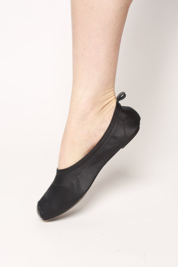 Repetto Lola Pointe Ballet Flat, Black Satin Shoes