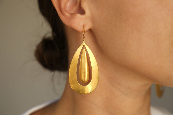 Large Sheet Double Oval Earring, Gold, Jewelry, Darlene de Sedle, Mona Moore